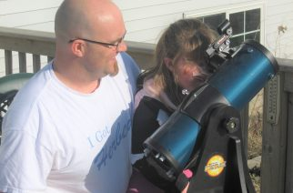 Image 2 - Laptop astronomy: Helping my daughter learn about eye placement